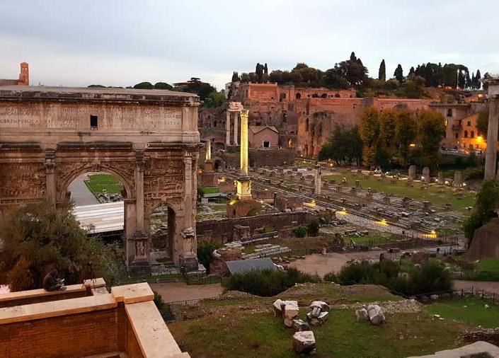 Roma İmparatorluk Forumları Septimius Severus Kemeri veya Takı - Arch of Septimius Severus inside Roman Imperial Forums
