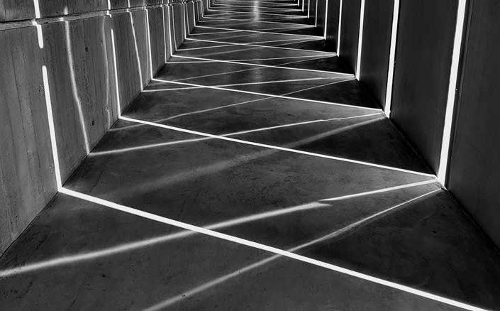 Troya müzesi katlar arası rampa ışık oyunu - Troy Museum between floors ramp luminous effect