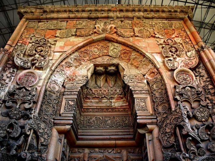 Divriği Ulu cami ve Darüşşifası Cennet kapısı bezeme detayları - Divriği Great Masque deatils of the Heavenly Gate