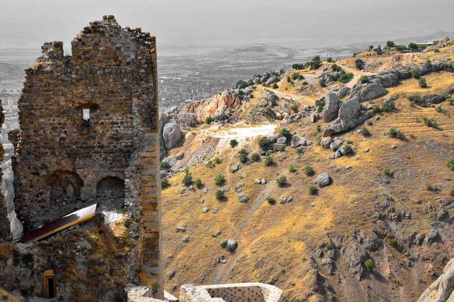Elazığ Harput Kalesi ve Urartu Harput Antik Kenti Bilgileri