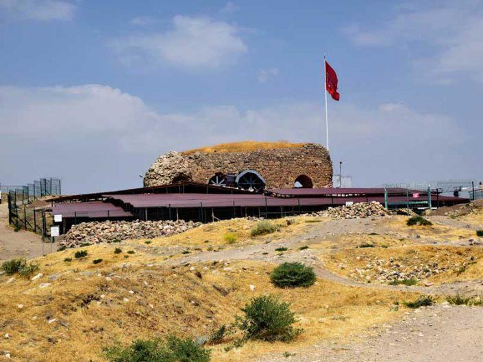 Harput kalesi Artuklu sarayı kalıntıları - Harput castle and ruins of the Artuqid palace