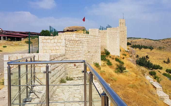 Harput kalesi doğu terası - Harput fortress east terrace
