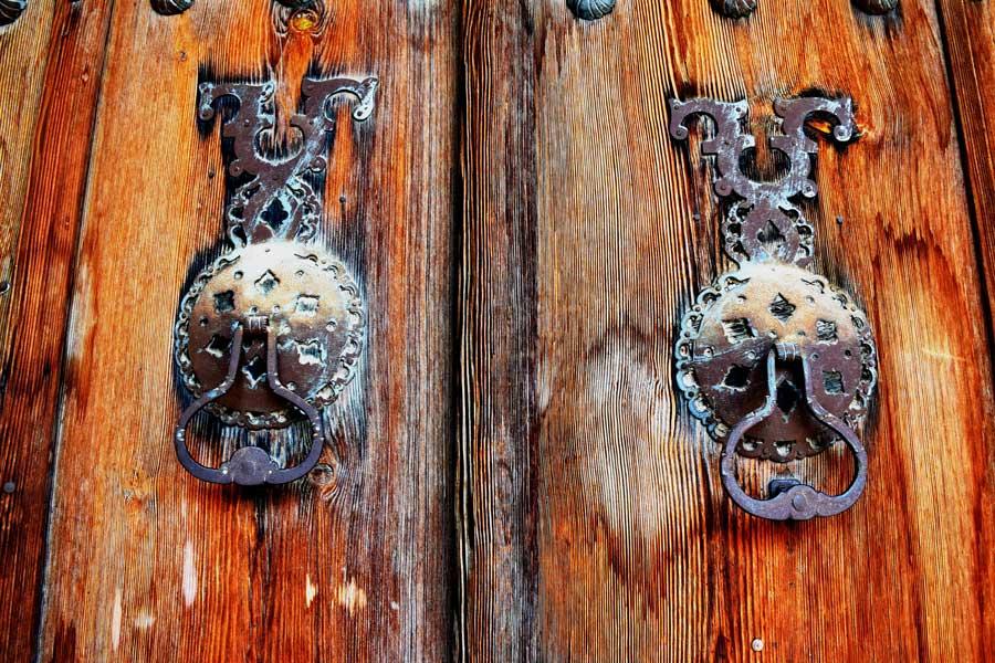 Apçağa köyü tarihi kapı tokmakları fotoğrafları - Erzincan Apçağa village historical door knockers