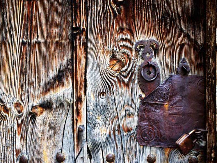 Apçağa köyü tarihi kapı tokmakları görselleri - Erzincan Apçağa village historical door knockers