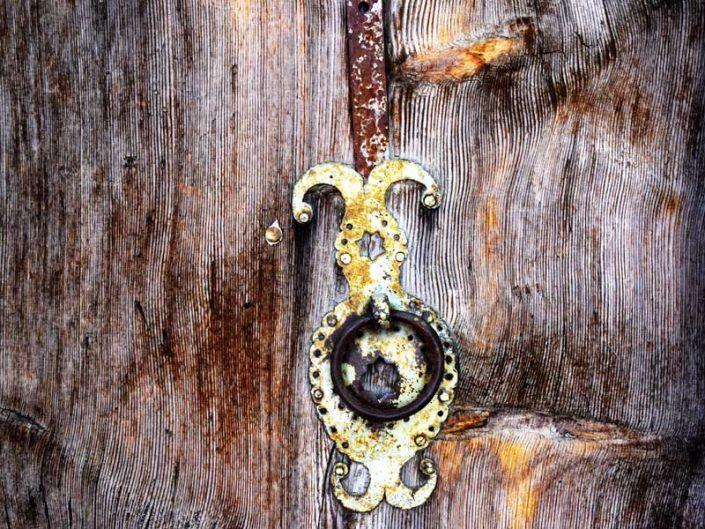 Erzincan Apçağa köyü tarihi kapı tokmakları - Kemaliye Apçağa village historical door knockers