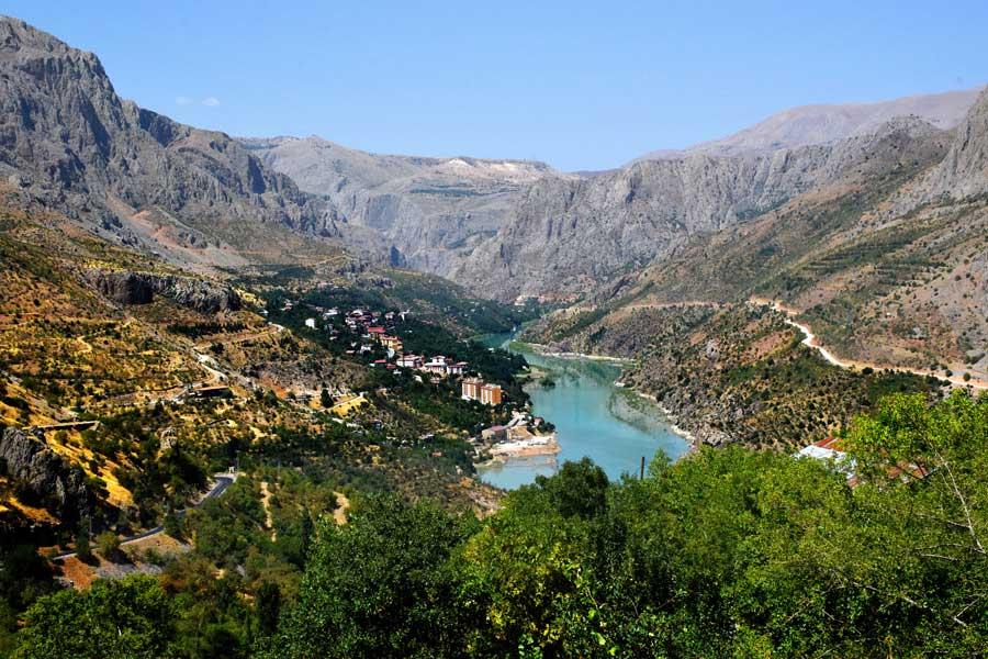 Fırat nehri ve Kemaliye - Euphrates River and Kemaliye