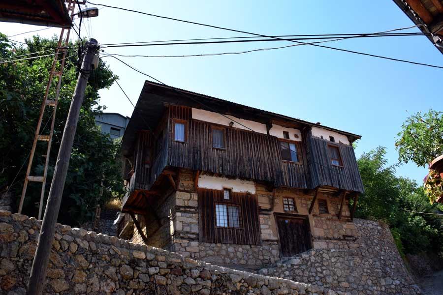 Kemaliye Apçağa köyü klasik köy evi - Apçağa village classic village house