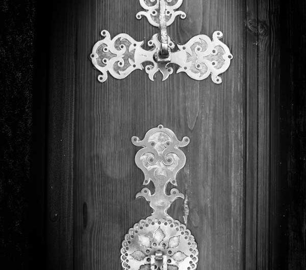 Kemaliye Apçağa köyü tarihi kapı tokmakları fotoğrafları - Erzincan Apçağa village historical door knockers