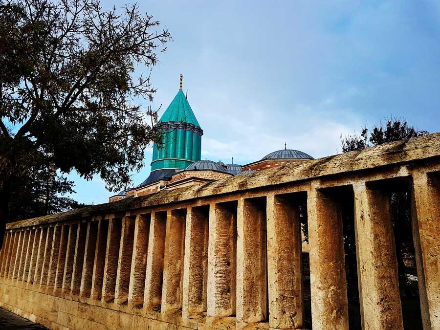 Mevlana Müzesi veya Mevlana Türbesi Yeşil Kubbe - Mevlana Museum or Mevlana Tomb Green Dome