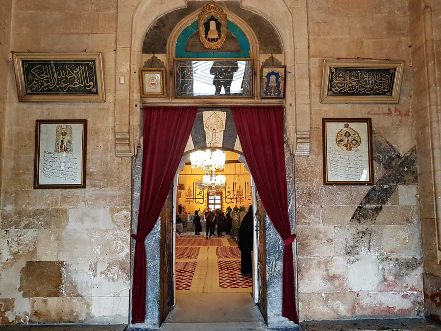Mevlana müzesi, Mevlana türbesi girişi - Mevlana museum, entrance to Mevlana mausoleum
