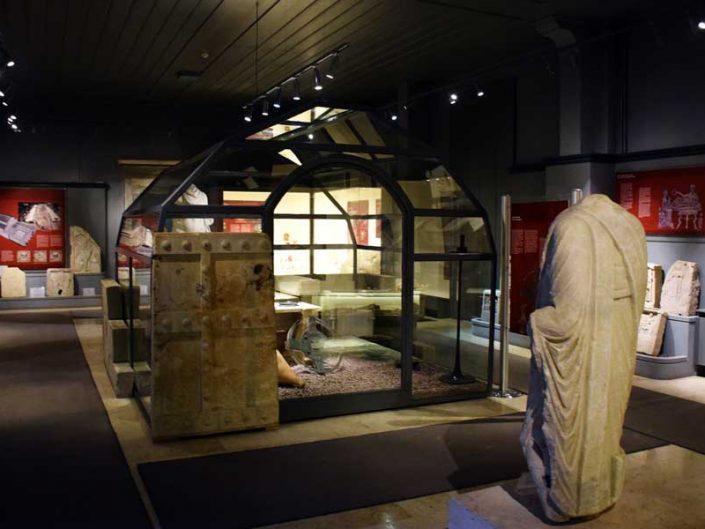 Tekirdağ Arkeoloji ve Etnografya Müzesi içinden görünüm - Tekirdağ Archeology and Ethnography Museum general view