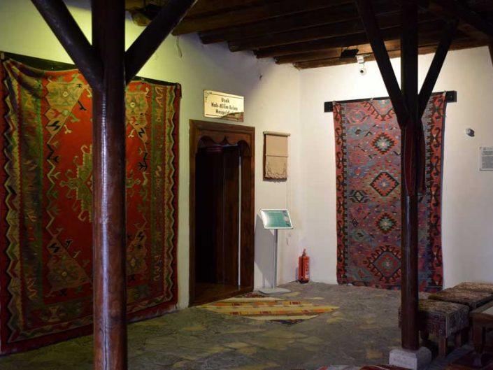 Uşak Halı Kilim Müzesi tarihi Uşak kilimleri ve halıları - historical Uşak rugs and carpets