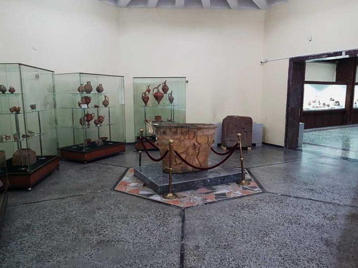 Konya Arkeoloji Müzesi fotoğrafları Karahöyük buluntuları salonu - Konya Archaeological Museum photos Karahöyük findings hall