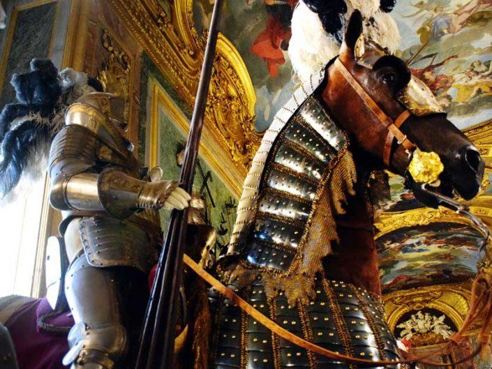 Torino Kraliyet Müzeleri Kraliyet Cephaneliği müzesi atlı şövalye - Turin Royal Museums Royal Armory museum armored knight