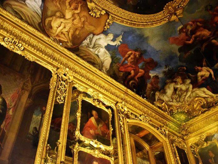 Torino Kraliyet Sarayı yemek odası duvar ve tavan resimleri - Turin Royal Palace dining room wall and ceiling paintings