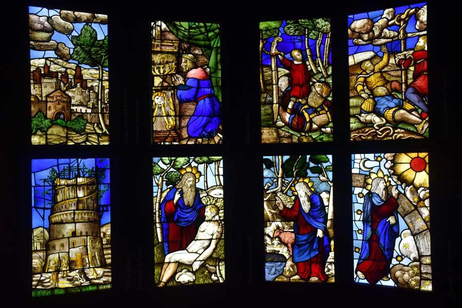 Milano Katedrali Müzesi 1549-1557 yılları arasında yapılan katedral vitrayları - Museum of Milan Cathedral, stained glass panels made between 1549-1557