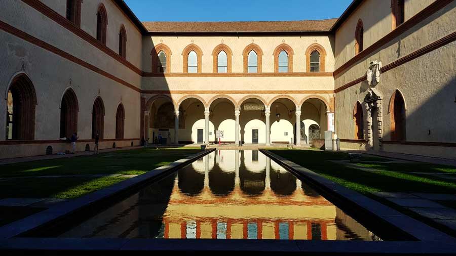 Sforzesco Şatosu Fotoğrafları – Sforzesco Castle Images