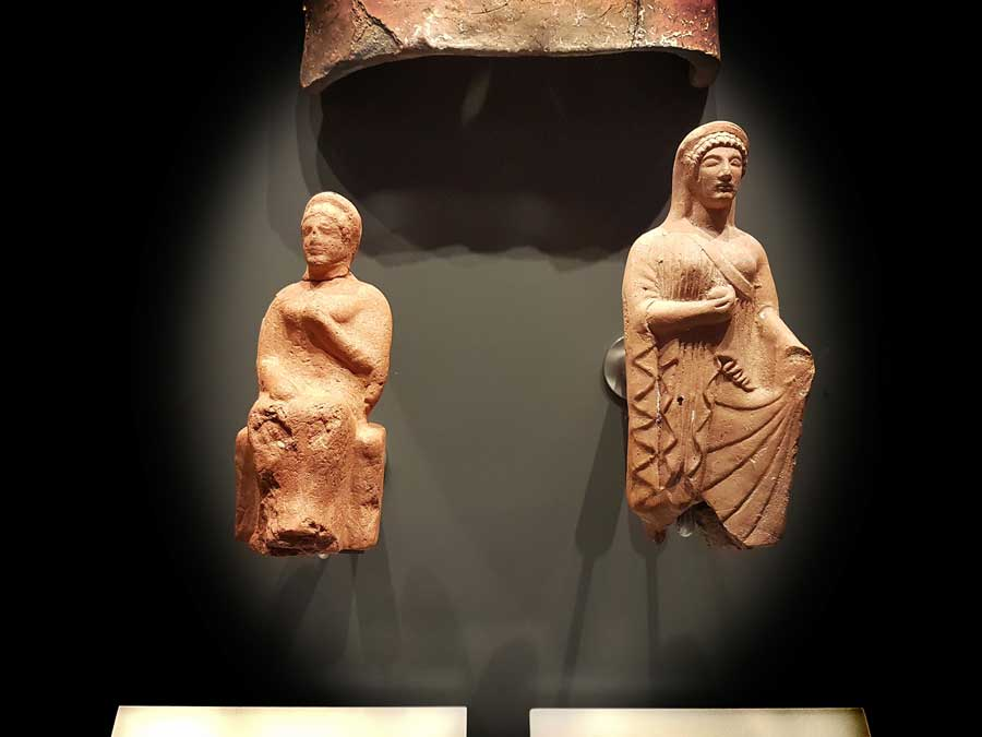 Byzantion tarihçesi Kadın ve Persephone heykelcikleri, Arkaik dönem ve M.Ö.6.yy - Female and Persephone statuettes Archaic Period and 6th Cenruty BCE