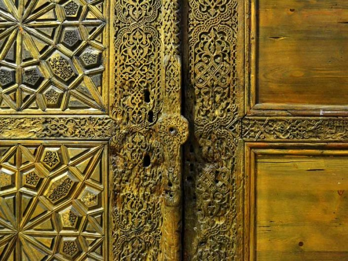Türk ve İslam Eserleri Müzesi Ahşap kapı kanatları Karamanoğulları 15.yy - Turkish and Islamic Arts Museum double Wooden Doors Karamanids Period Early 15th Century