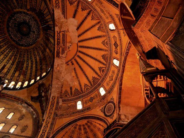 Ayasofya fotoğrafları büyük kubbe ve minber - Hagia Sophia great dome and mimbar
