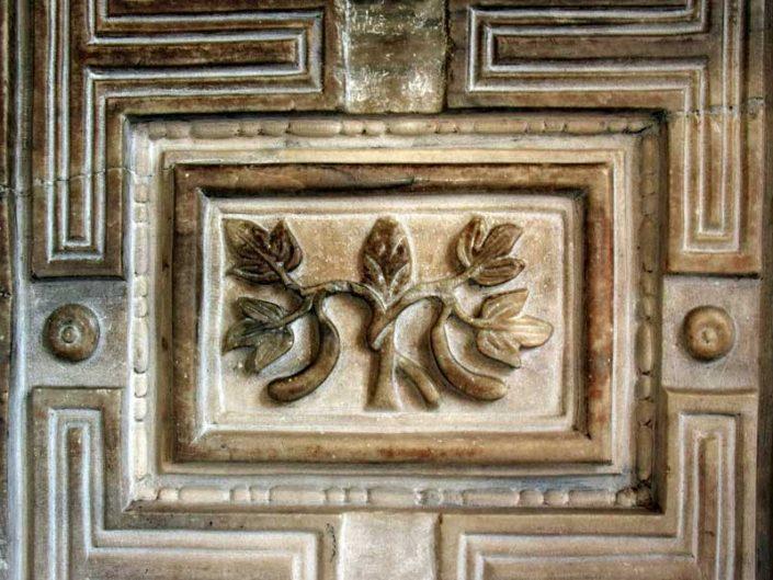Ayasofya fotoğrafları cennet kapısındaki yaşam ağacı motifi - Hagia Sophia is the life tree motif on the heaven's door
