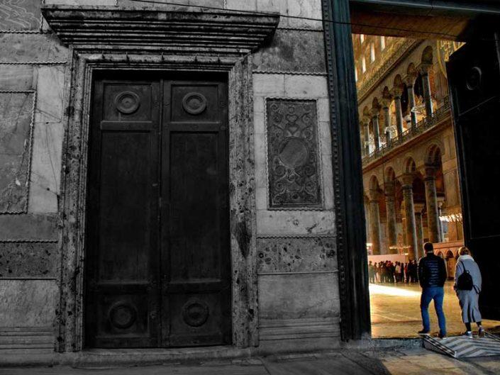Ayasofya fotoğrafları imparator kapısından girenler - Hagia Sophia Entrants from the emperor door,