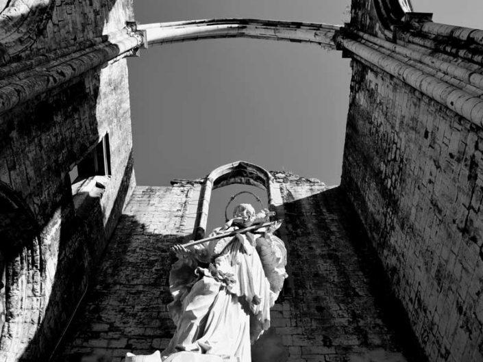 Carmo Rahibe Manastırı Kilisesi St. john Nepomucene heykeli 1743 - Lisbon Carmo Convent Statue of St