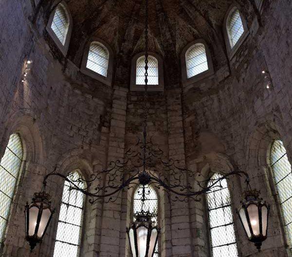 Carmo Rahibe Manastırı Kilisesi içi - Lisbon Carmo Convent (Convento do Carmo)