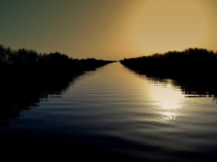 Dilek yarımadası, Büyük Menderes Deltası Milli Parkı Aydın - river flows through the sea, Dilek Peninsula National Park Turkey Aegean region