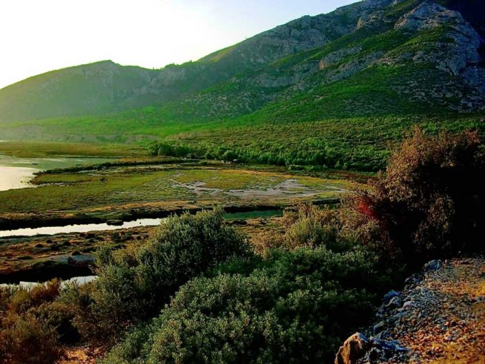Dilek yarımadası, Büyük Menderes Deltası Milli Parkı Ege bölgesi - fertile lands, Dilek Peninsula National Park Turkey Aegean region