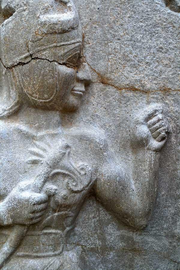 Hattuşa Kral Kapısındaki savaş tanrısı kabartması, Boğazköy Hattuşa fotoğrafları - War god relief at King Gate, Hattusa Bogazkoy Turkey