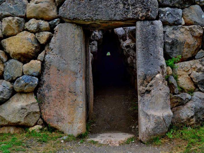 Hattuşa fotoğrafları Boğazköy Yerkapı ve Poternli tünel girişi, Çorum - Hittite Poterne tunnel entrance and Yerkapı photos, Hattusa Çorum Turkey