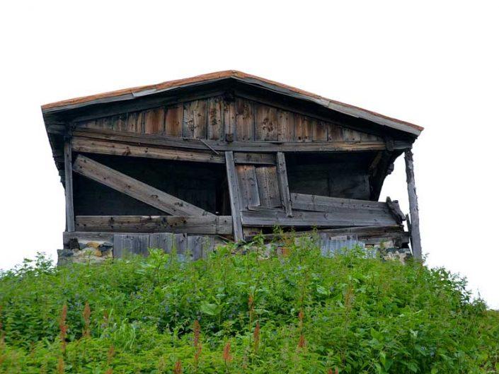Pokut yaylası tarihi yayla evi fotoğrafları - Historical house of the Pokut Plateau