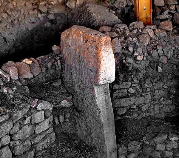 Göbeklitepe fotoğrafları keşfi ve stelleri Şanlıurfa - photos of Gobekli Tepe steles Southeastern Anatolia Turkey