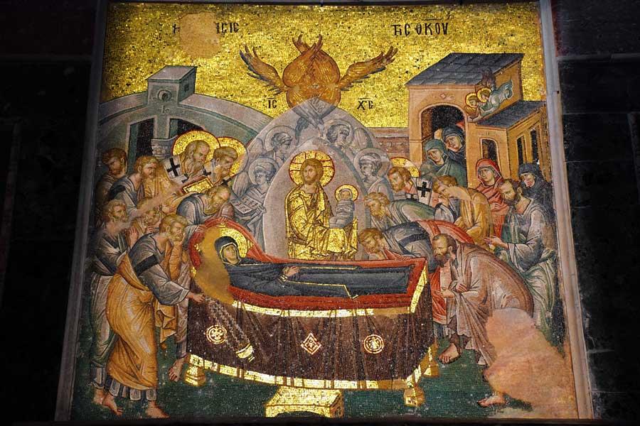 Kariye Müzesi fotoğrafları Meryem'in ölümü veya Koimesis mozaiği - The Chora Museum mosaic of the Dormition or Kimisis or Virgin Mary's death