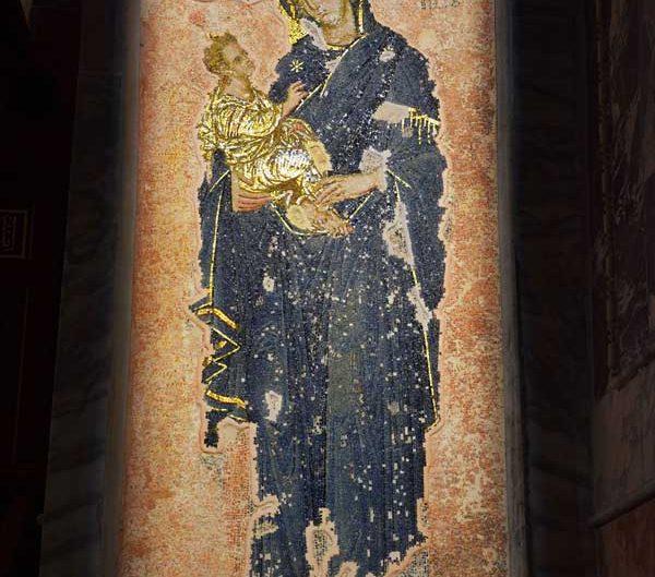 Kariye müzesi, Naos bölümü Hodegetria Meryem mozaiği (yol gösterici Meryem) - The Chora Museum mosaic of Hodeghetria in the nave