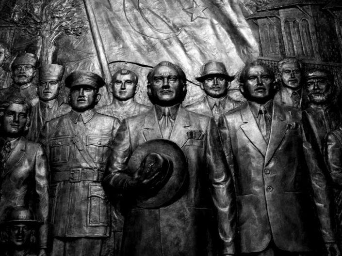 Anıtkabir Kurtuluş Savaşı Müzesi bronz kabartmaları - Bronze reliefs of Anıtkabir, Atatürk and War of Independence Museum