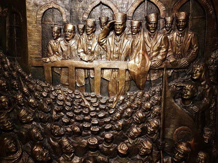 Anıtkabir Atatürk ve Kurtuluş Savaşı Müzesi bronz kabartmaları - Bronze reliefs of Anıtkabir, Atatürk and War of Independence Museum