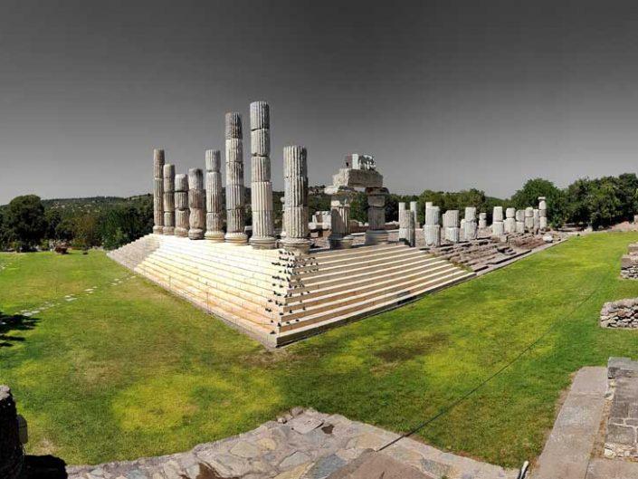 Apollon Smintheus tapınağı ve kutsal alanı - Apollo Smintheus temple and sanctuary