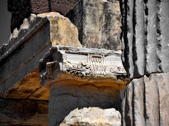 Apollon Smintheus veya Smintheion tapınağı sütun başlığı detayları - column head details of Apollo Smintheus temple