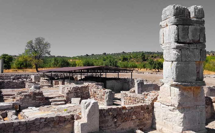 Çanakkale Apollon Smintheion kutsal alanı küçük Roma hamamı - The Small Roman bath in the Apollo Smintheus Sanctuary
