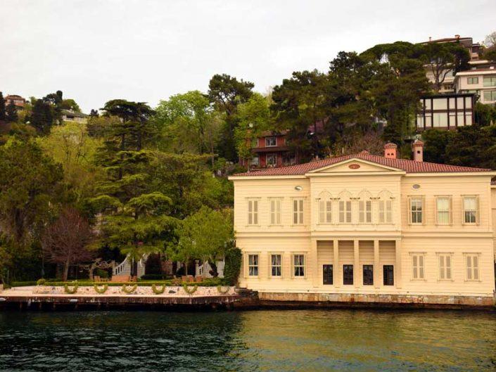 İstanbul Boğazı yalıları Anadoluhisarı Zarif Mustafa Paşa Yalısı - Bosphorus Anatolian Side Anadoluhisarı Zarif Mustafa Paşa Mansion