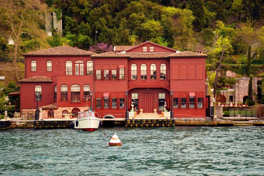 İstanbul Boğazı yalıları Küçüksu Kont Ostrorog Yalısı - Bosphorus Anatolian Side Küçüksu Earl Ostrorog Mansion