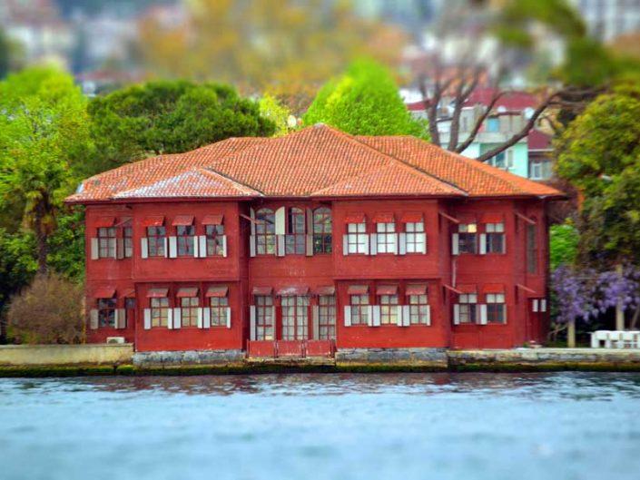İstanbul Boğazı yalıları Kuzguncuk Sadullah Paşa Yalısı - Bosphorus Anatolian Side Kuzguncuk Sadullah Paşa Mansion