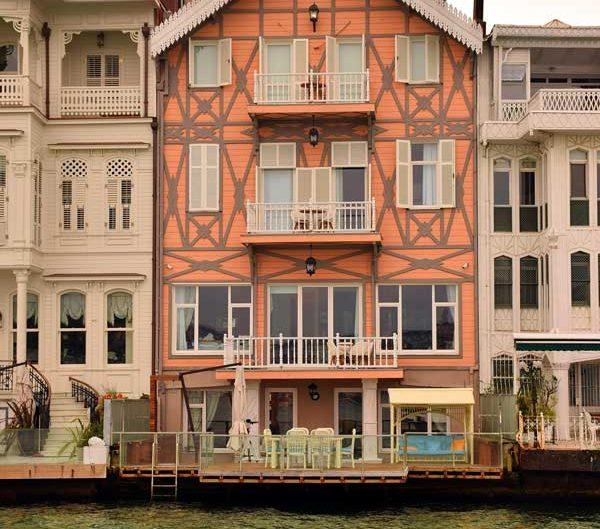 İstanbul Boğazı yalıları Yeniköy Sandoz Yalısı - Bosphorus European Side Yeniköy Sandoz Mansion