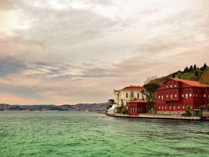 İstanbul Çubuklu Yedi Sekiz Hasan Paşa Yalısı veya Asaf Paşa Yalısı - Bosphorus Anatolian Side Çubuklu Yedi Sekiz Hasan Paşa or Asaf Paşa Mansion