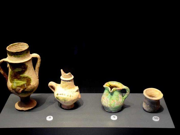 İstanbul Tekfur Sarayı Müzesi çömlek eserleri - Istanbul Tekfur Palace Museum historical pottery artifacts