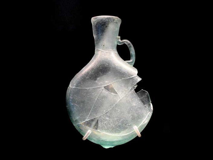 Tekfur Sarayı Müzesi eserleri Osmanlı dönemi cam matara - Tekfur Palace Museum works Ottoman period glass flask