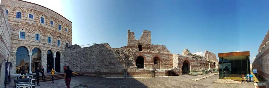 Tekfur Sarayı veya Porfirogennetos sarayı panoramik fotoğraf - Panoramic photo of Tekfur Palace or Porfirogennetos palace
