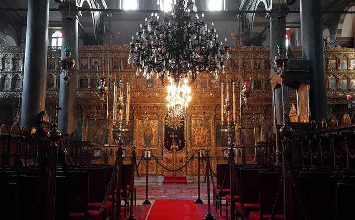 Aya Yorgi Rum Patrikhane Kilisesi İkonostasis ve kilise kürsüsü - Istanbul Greek Orthodox Patriarchate, The Church of St. George's iconostasis and church lectern